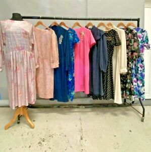 JOB LOT OF 10 x VINTAGE PLUS DRESSES. MIX OF COLOURS, SIZES AND STYLES.-07/08