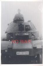 WWII ORIGINAL GERMAN WAR PHOTO CREW ON TANK / PANZER