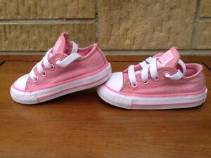 Baby Girls Converse All Star Trainers UK Kids 4 EU 20 Pink Glitter Canvas Pumps