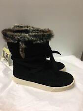 TOMS Women's Vista Boot, Black Suede/Faux Fur 8.5 US)