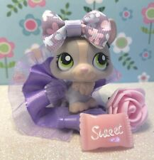 Authentic Littlest Pet Shop # 1486 Purple Gray Cream Corgi Green Eyes W Outfit