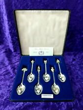 Nice 1977 Queen Elizabeth II Jubilee silver spoon set with original case