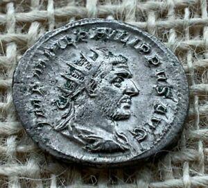Philip 1 AR Antoninianus AD 244 to AD 247 NEF