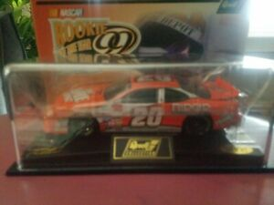 1999 Tony Stewart #20 Home Depot RookIe Revell Nascar 1:24 NEW Revell Collection