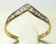 FINE 10KT SOLID YELLOW GOLD 7 DIAMONDS RING SIZE 7 R1388