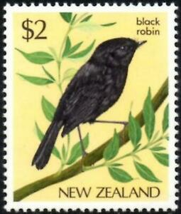 (Ref-16079) New Zealand 1982 Birds $2 Black Chatham Island Robin SG1293 Mint MNH