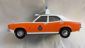 Vanguards VA04105 Ford Cortina MKII 1600 GT Lancashire Police