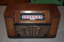 Vintage 1946 Clarion Model Wood Table Top Radio Battery