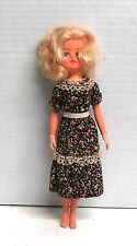 Vintage Blonde Sindy Doll by Pedigree 033055X Made in Hong Kong