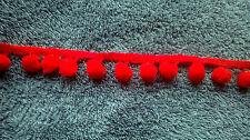 1Mtr Rojo Pom Pom Bobble Recortar Flecos-Medio Tamaño 10mm