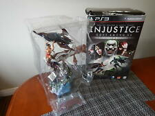 "Injustice Gods Among Us: Collectors Edition: Batman & Wonder Woman 13"" Statue"