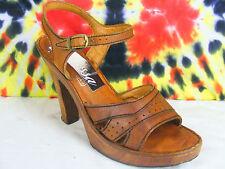 7 B vintage 70's brown leather QUALI-CRAFT wooden platform heels shoes