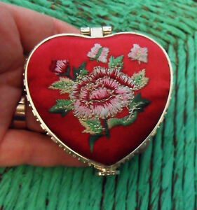 Chinese Makeup MIRROR Brocade Embroideries Roses Red or Purple Silk Heart, Round