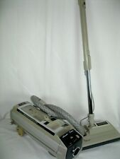 ELECTROLUX CANISTER VACUUM CLEANER MODEL 1521 WITH POWER HEAD. CLEAN.
