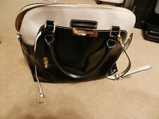 BEAUTIFUL  ASIA BELLUCCI LEATHER HANDBAG BLACK AND WHITE ITALY