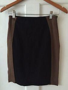 COUNTRY ROAD Sz XXS Black & Taupe Colour Block Skirt GC