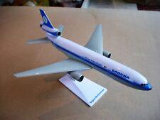 Sabena miniatuurvliegtuig Douglas DC-10 schaal 1/250 met originele doos.L:23cm