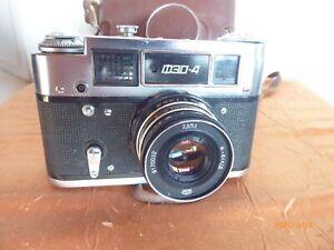 FED 4 Russische Kamera mit Objektiv 2.8 / 53 mm (O1345)