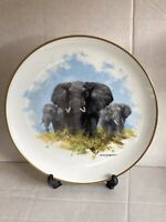 """Large Wedgwood Plate """"The Elephant"""" The David Shepherd Wildlife Collection Spink"""