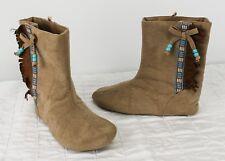 Disney Pocahontas Girls Shoes Boots Sz 13/1 Dress Up Slip On Hook-Loop Fringe