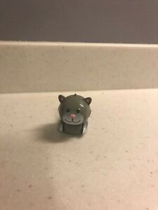 Micropet Vintage 2002 Tomy Grey Cat, Rare Collectors Item!