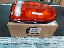 4576245 - Dodge Durango Caravan Drivers Side Tail Light