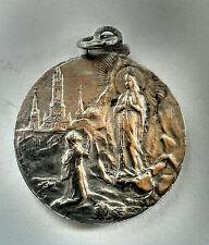 ancienne médaille religieuse en argent silver zilver gravée par N. BAUER