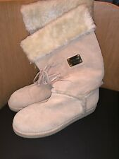 Guess Womens Cream Boots - US9.5/UK7.5
