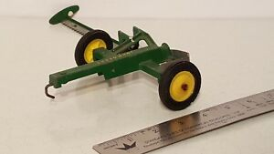 Ertl John Deere Sickle 1/16 diecast farm implement replica collectible