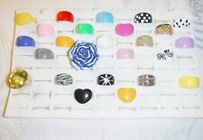 *COOL CHIC WHOLESALE VINTAGE COLLECTION 25 LUCITE RINGS FUNKY GROUP H MIXED SIZE
