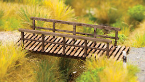 Walthers SceneMaster HO Scale Wooden/Wood Foot Bridge for Parks (Kit)