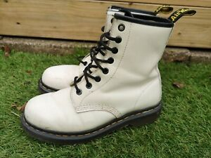 Ladies White Patent Dr Marten Boots Used Size Uk4