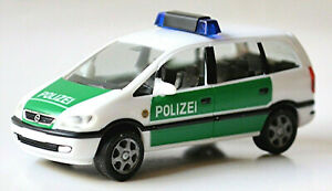 Opel Zafira Polizei 1999-2005 weiß grün 1:87 Herpa 044837
