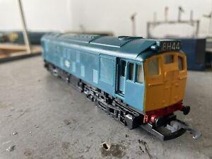 Hornby R326 Class 25 247 In  BR Blue OO Gauge Boxed