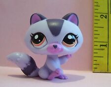 LITTLEST PET SHOP HASBRO #1622 LAVENDER RACCOON NEW  2009 *LOOSE*