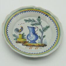 Nevers. Assiette en faïence décor coq et aiguière, XIXe siècle