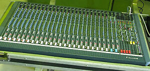 Soundcraft 24 channel Spirit Live 4.2 FOH console inc road case with casters