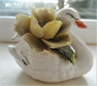 Vintage RADNOR BONE CHINA SWAN with flowers 10cm in length FLORAL DISPLAY