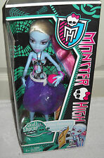 #9424 NRFB Mattel Monster High Skull Shores Abbey Abominable Doll
