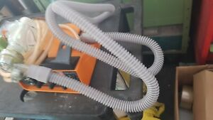 Drager Oxylog 1000 with circuit and O2 hose