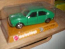 Voitures, camions et fourgons miniatures Mebetoys pour Alfa Romeo