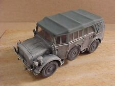 Dragon Armor 1/72 Heavy Uniform Personnel Vehicle Type 40, East Front '41 #60516