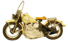 Artitec 387.04 US Motercycle Liberator Ivory -  Ready Made Scale 1:87 H0