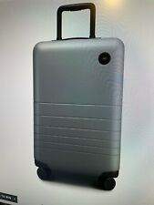 Hard Wall Lightweight Carry-On Suitcase - Monos