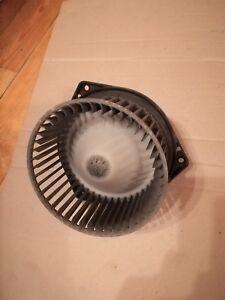 Infiniti QX4 Nissan Pathfinder 3,3 Heater Blower Motor Fan Heater 6270030352