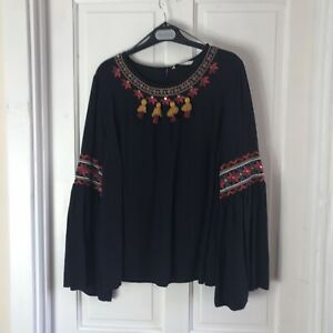 Black Embroidered Ladies Top Size 18