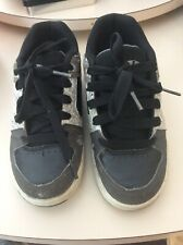 Heelys Youth Size 2 Skate Shoes Gray Black Missing 1 Wheel