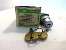 NEW IN BOX GE GENERAL ELECTRIC CR104J241 3-POSITION SELECTOR SWITCH