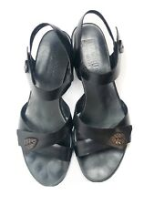 Womens Black Strappy Patent Leather Sandals Munro  Ankle Strap 6.5M Heeled