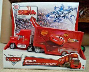 DISNEY CARS TRANSFORMING TRANSPORTER MACK Y1321 *NEW*